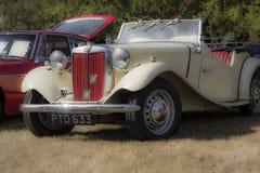 Klasyczni Brytyjscy samochody Obrazy Royalty Free