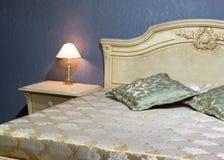 Klasyczny łóżko obraz royalty free