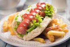 Klasyczny Amerykański hot dog Zdjęcie Royalty Free