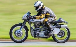 Klasyczny bieżny motocykl Obraz Stock