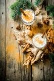 Klasyczny boże narodzenie napoju jajecznik zdjęcie royalty free