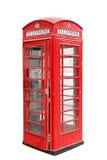 Klasyczny Brytyjski czerwony telefonu budka w Londyński UK, odosobniony na bielu Obrazy Royalty Free