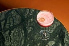 Klasyczny Katana koktajl na stole, zakończenie fotografia royalty free
