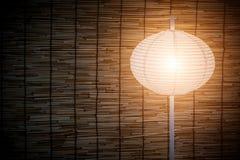 Klasyczny lampion z bambusem wyplata tekstury deseniowego tło Zdjęcia Stock