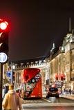 Klasyczny Londyński czerwony autobus w Bożenarodzeniowym czasie, Londyn Fotografia Royalty Free