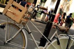 Klasyczny miastowy rower zdjęcia royalty free
