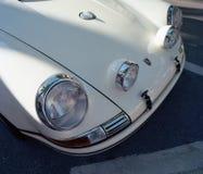 Klasyczny Porsche 911 przy samochodowym przedstawieniem Fotografia Stock