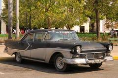 Klasyczny samochód w Cienfuegos, Kuba Zdjęcia Royalty Free