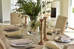 Klasyczny Szwedzki obiadowego stołu położenie obraz royalty free