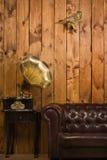 Klasyczny wnętrze z gramofonem Obraz Royalty Free