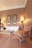 klasyczny wygodny żywy pokój Obrazy Stock