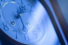 Klasyczny zegar w błękicie Obraz Royalty Free