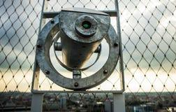Klasyka formularzowy teleskop obserwować nabrzeżnego krajobraz Amsterdam - Zdjęcie Stock