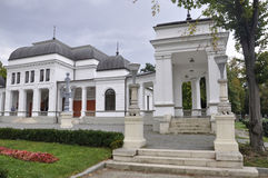 Klausenburg-Napoca RO, am 24. September: Central Park-Kasino-Gebäude in Klausenburg-Napoca von Siebenbürgen-Region in Rumänien Lizenzfreie Stockfotos