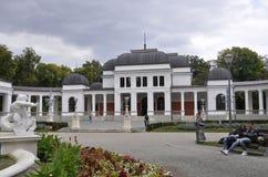 Klausenburg-Napoca RO, am 24. September: Central Park-Kasino-Gebäude in Klausenburg-Napoca von Siebenbürgen-Region in Rumänien Stockfotos