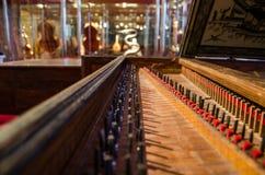 Klavier chords am Museum von Musikinstrumenten in Barcelona Stockfotografie