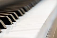 Klavier, eine Fotoaufnahme für den internationalen Musiktag Lizenzfreie Stockfotografie