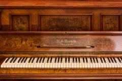 Klavierschlüssel eines alten deutschen Klaviers Lizenzfreies Stockfoto