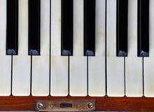 Klavierschlüssel eines alten Klaviers Lizenzfreies Stockbild