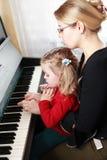 Klavierspielen Lizenzfreie Stockbilder
