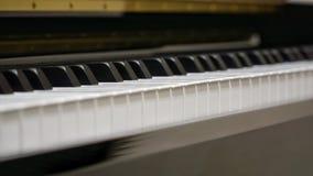 Klaviertastatur mit Nahaufnahmeschuß lizenzfreie stockfotos