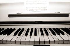 Klaviertasten. Lizenzfreie Stockfotos