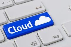Klawiatura z błękitnym guzikiem - chmura Zdjęcia Stock