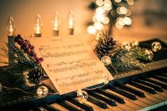 Klawiatura z instrumentalną szkotową muzyką i miękcy światła dla Bożenarodzeniowego wakacje, rozłamu brzmienie fotografia royalty free