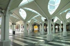 KLCC-moské eller som-Syakirin moské i Kuala Lumpur Arkivbilder