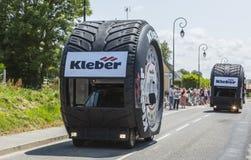 Kleber有蓬卡车-环法自行车赛2015年 库存照片