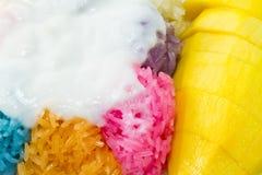 Klebriger Reis der Mangofrucht. Stockfoto