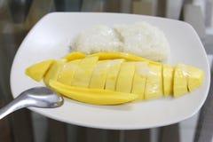Klebriger Reis der Mangofrucht Stockfoto