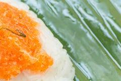 Klebriger Reis mit Garnele und Fetzenkokosnuß Lizenzfreie Stockfotografie