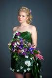 Kleid von den Blumen Stockbilder