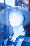 Kleidet blinder Modespeicher des Shops Mannequin Lizenzfreie Stockfotos