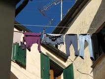 Kleidung, die Bad trocknet Stockfotos