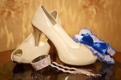 Kleidung für die Braut Stockfotos
