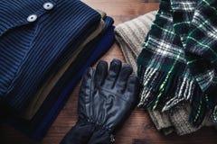 Kleidung für Winter lizenzfreies stockfoto