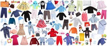 Kleidung für Kinderhintergrund Stockfotografie