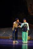 Kleidung Jiangxi-Oper wickeln eine Laufgewichtswaage Lizenzfreies Stockbild