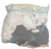Kleidung in Mesh Bag Lizenzfreies Stockfoto