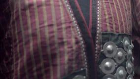 Kleidung-Ostfrauenbademantel stock video footage
