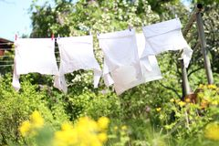Kleidung Sundrying Lizenzfreie Stockfotografie