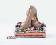 Kleidung und Schuhe Stockfoto