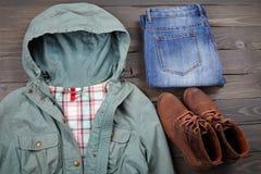 Kleidung und Schuhe Stockbild