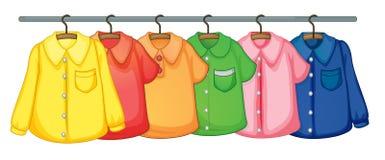 Kleidunghängen lizenzfreie abbildung