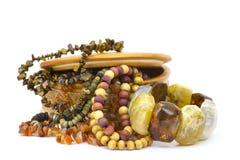 Kleikist met juwelen Stock Foto's