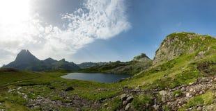 Klein bergmeer in de Franse Pyreneeën Royalty-vrije Stock Fotografie
