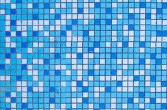 Klein blauw en wit tegelspatroon Stock Foto's