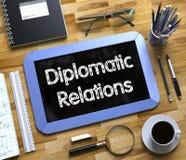 Klein Bord met Diplomatieke Relatiesconcept 3d Royalty-vrije Stock Fotografie